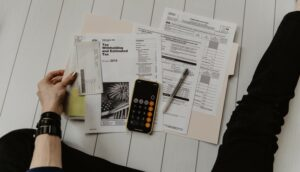 A person calculating Iceland income tax