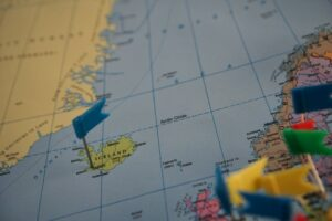 A map with a pin in Iceland with a growing gig economy