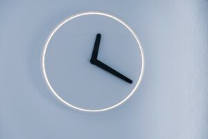 A clock symbolising Iceland's shorter working week